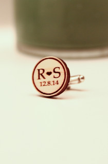 Groupon AU Engraved Cuff Links - Initial & Date
