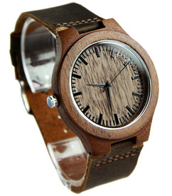 Grpn BE - Wood Engraved Watch W#85 - Woodland
