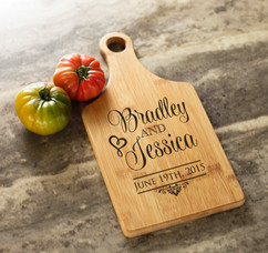 Personalized Cheeseboard - Stacked Names