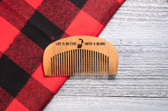 Grpn Spain - Engraved Comb - Life is better with a Beard