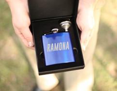 Grpn AU/NZ - Personalized Flask - Italicized
