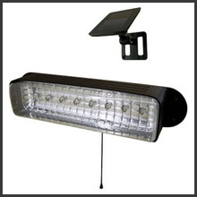 Outdoor 8-LED Solar Security Shed/Garage Light