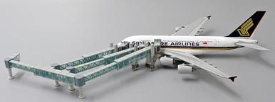 JC Wings A380 AIR PASSENGER BRIDGE LH4AIR136 1:400