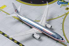 American B737-800 N921NN (Polished Silverbird Retro Livery) GJAAL1802 1:400