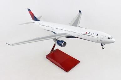SKYMARKS DELTA A330-300 SKR9200 1:100