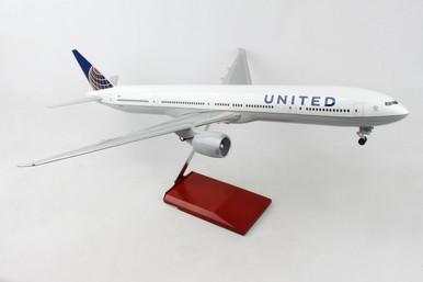 SKYMARKS UNITED 777-300 SKR9403 1:100