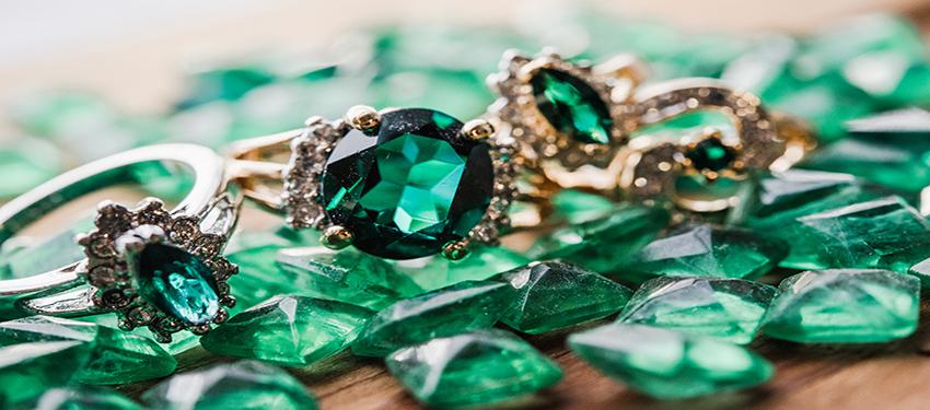 May birthstone vintage emerald rings - cubic zirconia - clear Swarovski crystals