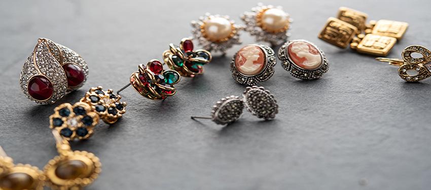 pvj-earrings-2019-3-for-bc-earring-pg.jpg