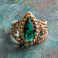 Vintage Ring Emerald Swarovski Crystal Antiqued 18k Yellow Gold Electroplated Filigree Edwardian Style Made In USA