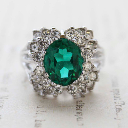 Vintage Jewelry Emerald Cubic Zirconia and Clear Crystal Cocktail Ring in 18kt White Gold Electroplate Made in the USA