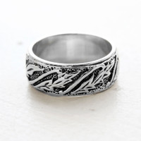 Vintage Antiqued Leaf Wedding band in 18k White Gold Electroplated Setting Made in USA