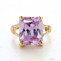 Vintage Jewelry Lavender Swarovski Crystal Cocktail Ring in a 18k Yellow Gold Electroplated Setting Made in the USA