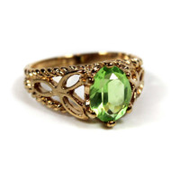 Vintage Peridot Swarovski Crystal 18k Gold Electroplated Filigree Cocktail Ring Made in USA