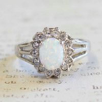 Vintage 1970s Faux Capris Opal and Swarovski Crystals 18k White Gold Electroplated Ring
