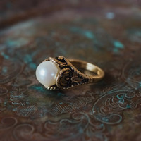 Vintage 1970's Pearl Bead Ring Antiqued 18k Gold Electroplated Made in USA