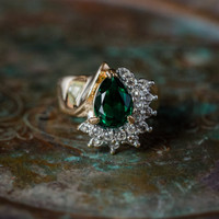 Vintage Ring Emerald Cubic Zirconia and Clear Swarovski Crystals 18kt Yellow Gold Electroplated Made in USA #R3163