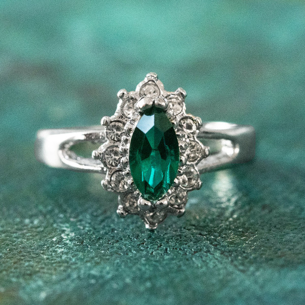 c18b44d8c Vintage Ring Emerald and Clear Swarovski Crystals 18kt White Gold  Electroplated Made in USA - Providence Vintage Jewelry