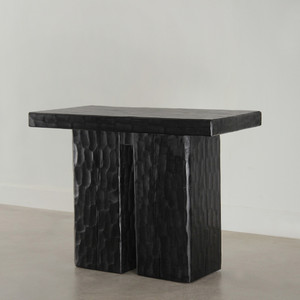 Tamaño Console 20 x 40 x 30 H inches Ebony Finish Sealed Topcoat
