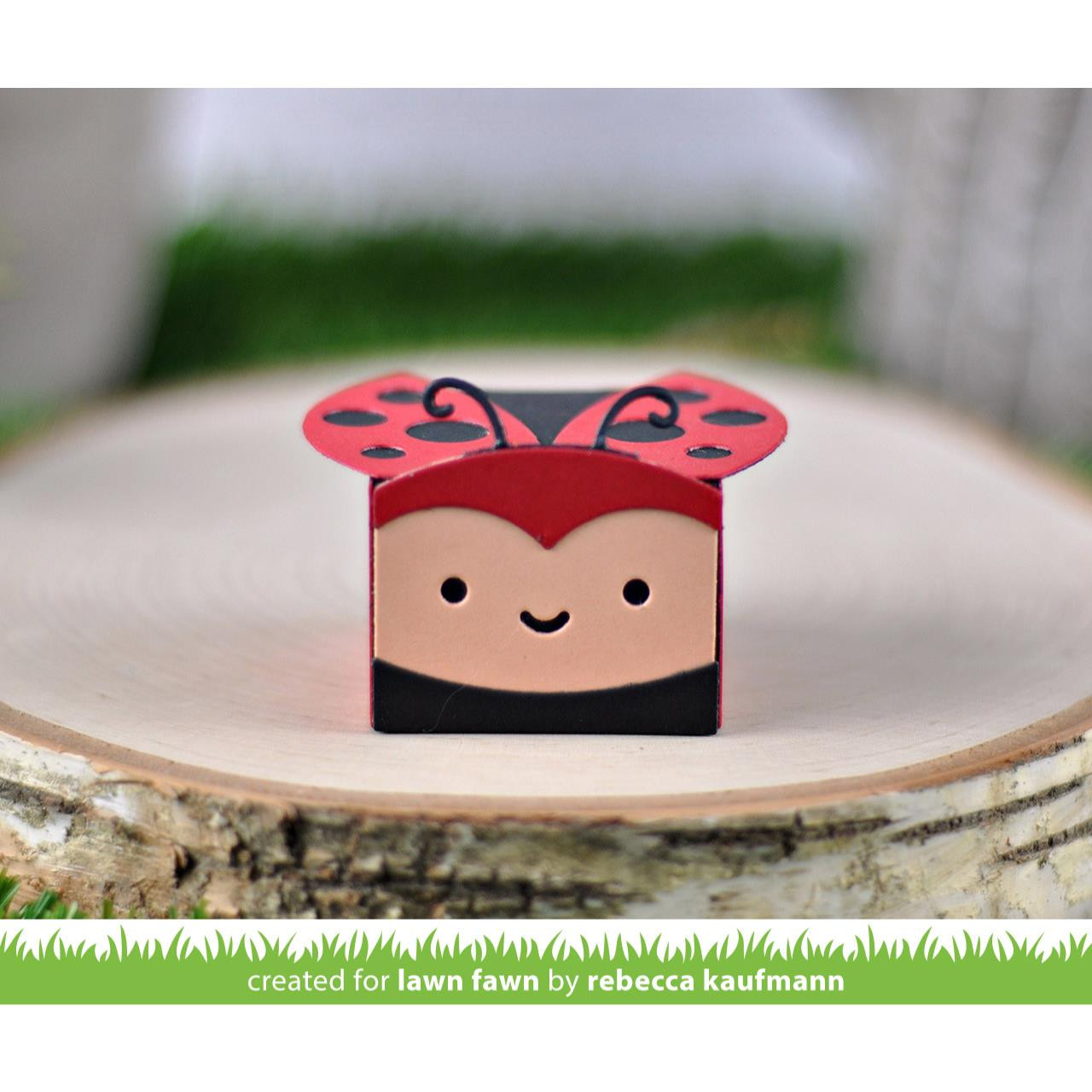 (PREORDER) Tiny Gift Box Lady Bug Add-On, Lawn Cuts Dies - 035292674950