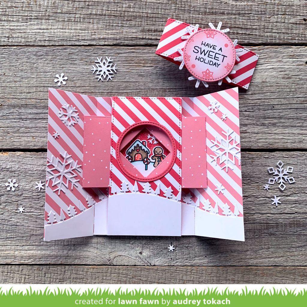 Shutter Card Snow Globe Add-On, Lawn Cuts Dies - 035292676503
