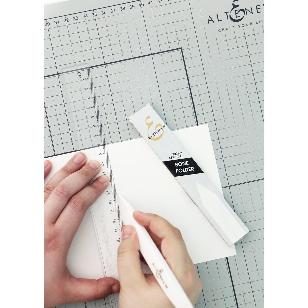 Crafter's Essential Bone Folder, Altenew Tools -
