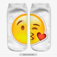 Emoticon Kiss Emoji Big Ankle Socks White