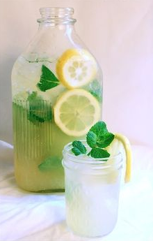 Dandelion Lemonaide