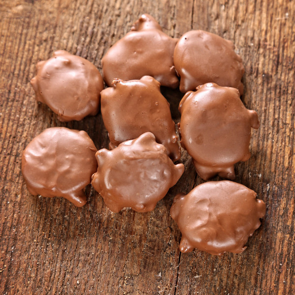 Pecan Clusters with Caramel Top