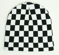 Check L black-white mix beanie
