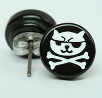 Cat bone black-white circular reference stud
