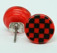 Check red-black circular reference stud