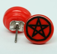 Pentagrame red-black circular reference stud
