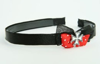 Black-red / herocross white red bow & mix