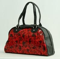 Carper red - black small bowling bag