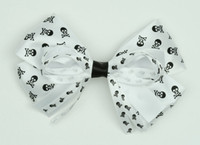 Skull white big hair clips piece