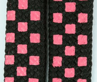 Check pink-black S check shoelace