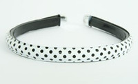 Metal dot white-black medium tiara
