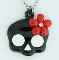 Skull flower black-red skull necklace