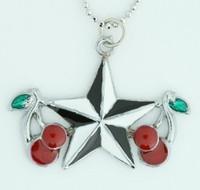 Star cherry black-white star necklace