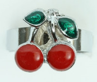 Cherry small sweet ring