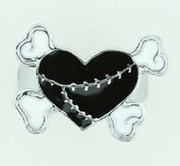 Heart bone black-white sweet ring
