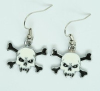 Tooth white skull pendant