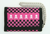 Check skull pink mixed with chain wallet