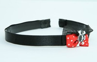 Black-red / skull tooth black red bow & skull