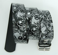 Carper round black-silver animal belt