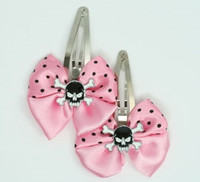 Pink / SK tooth black light pink skull