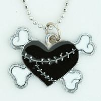 Heart bone black-white sweet necklace