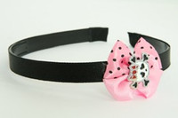 Cute skull bone white-red light pink bow & skull