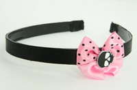 Skull plain black light pink bow & skull