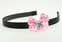 Swallow color light pink bow & animal